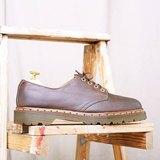 《Dr. Martens Shoes》4孔復古咖啡馬汀鞋 DMH07