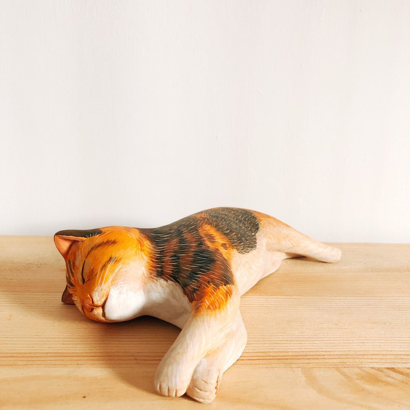 Woodcarving hand carved cat dream cat