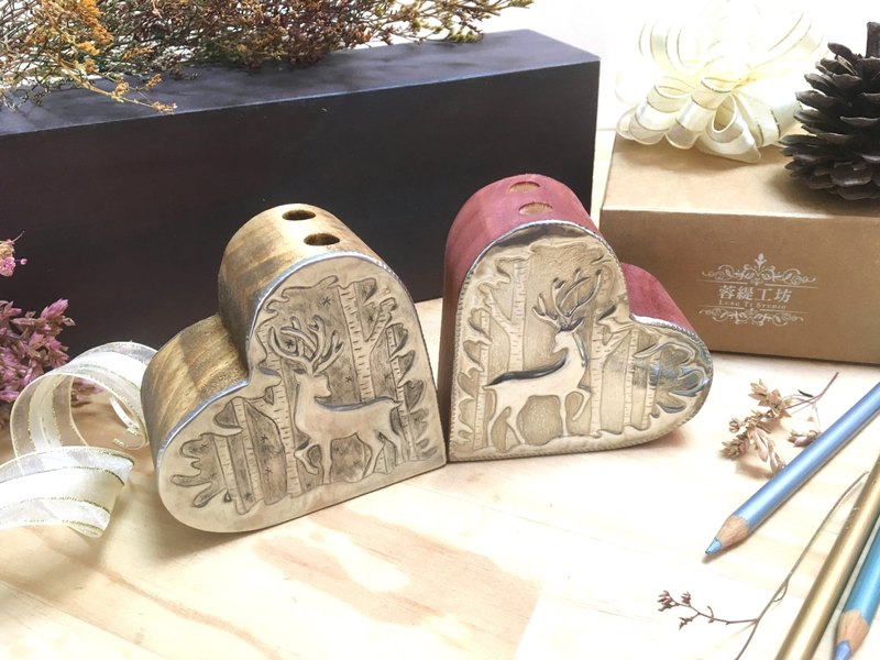 【เวิร์คช็อป】Christmas reindeer tin carving hand-made pen holder / flower holder <I just met you>