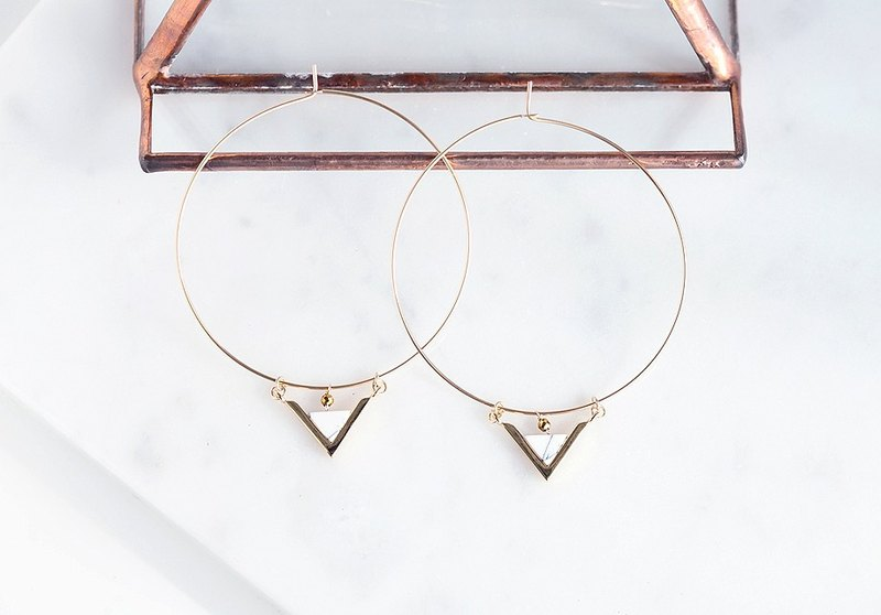 【14KGF】Hoop Earrings,Gem Marble Howlite Triangle