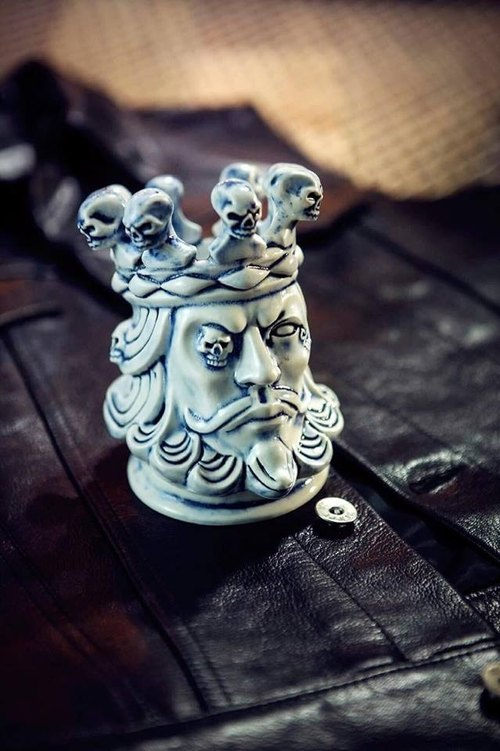 13 ink X 2AS Skull King Incense Holder | old K king skull ceramic line fragrant seat