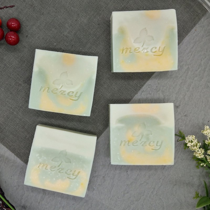 Silk vine beauty skin soap / / / four into the gift box group