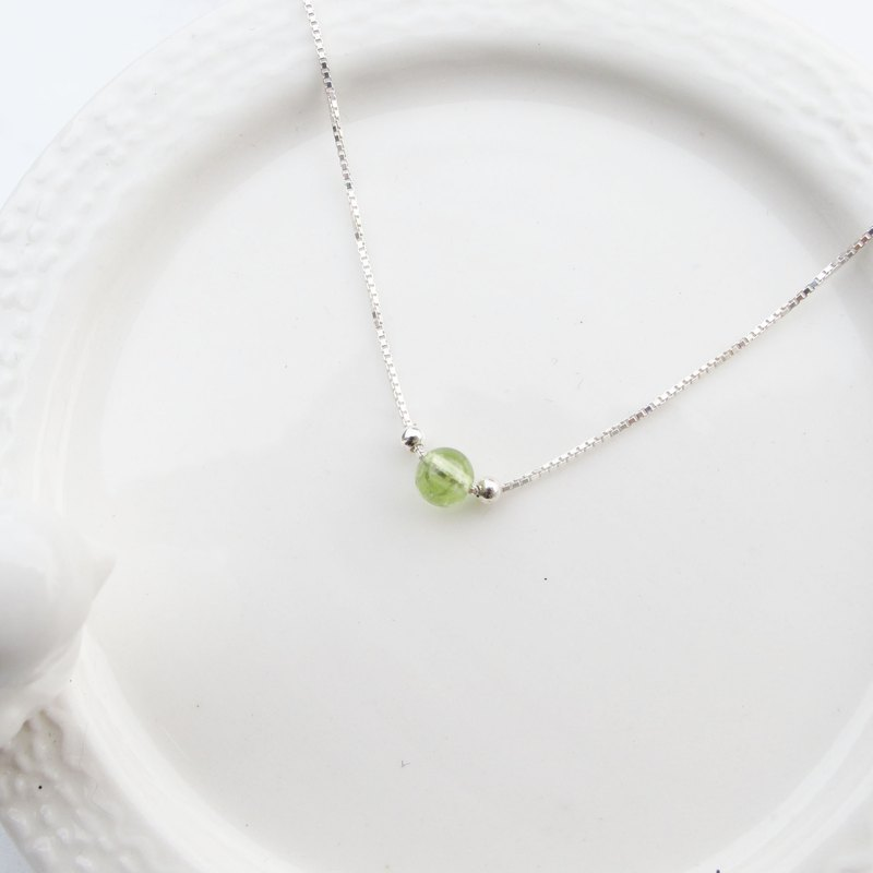 囡仔仔仔 [handmade silver] olivine × sterling silver clavicle chain handmade sterling silver necklace