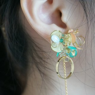 cLeAr Myflowers hand made transparent bouquet earrings - custom models can be changed