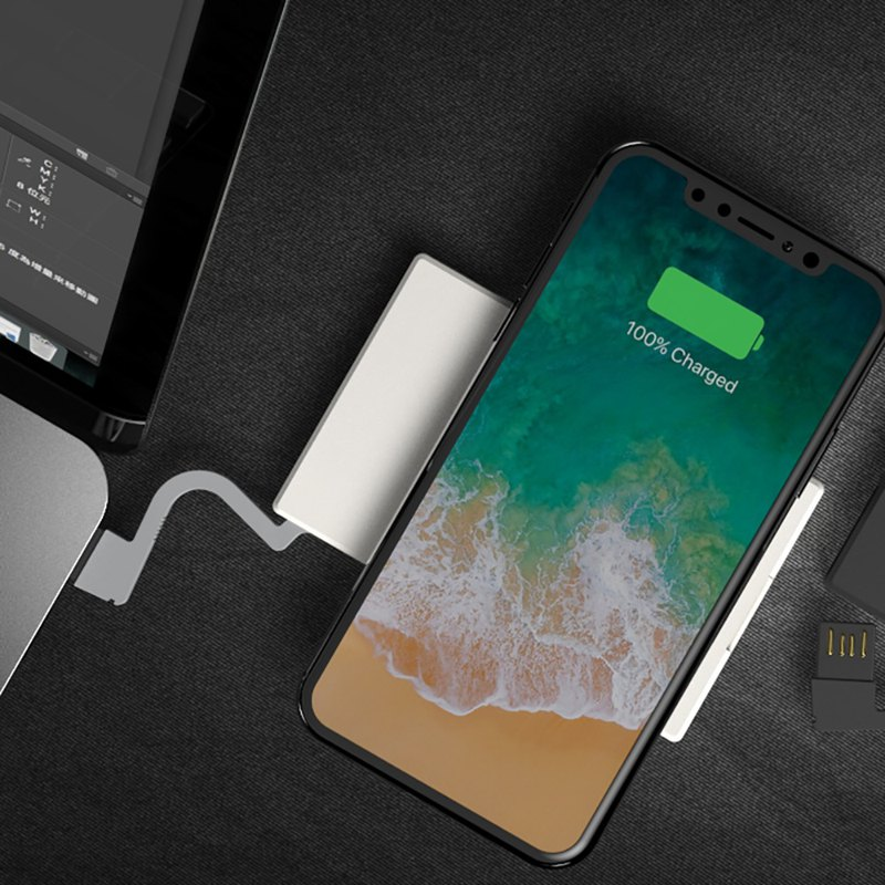 QQC CASE - 10W Business Card with Wireless Charger