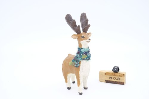 Department of Small Animal Healing carvings _ elegant fawn 1 (Wood carving knife)