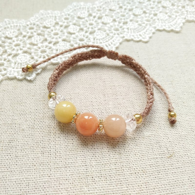 BUHO hand-made. Tricolor sugar. Topaz X South American Brazilian Wax Line Bracelet