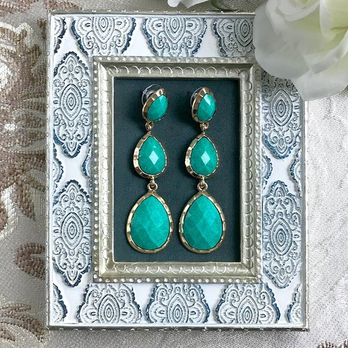 Ornate Water Drops Green Phnom Antique Earrings BKA031