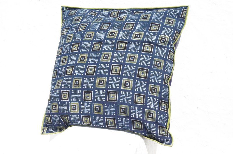 Christmas gift limited handmade woodcut printing pillowcase / cotton pillowcase / printing pillowcase / hand-printed pillowcase - indigo blue dye square world map
