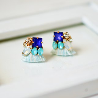 silk and Bijou Earrings/Clip-ons ライトブルー