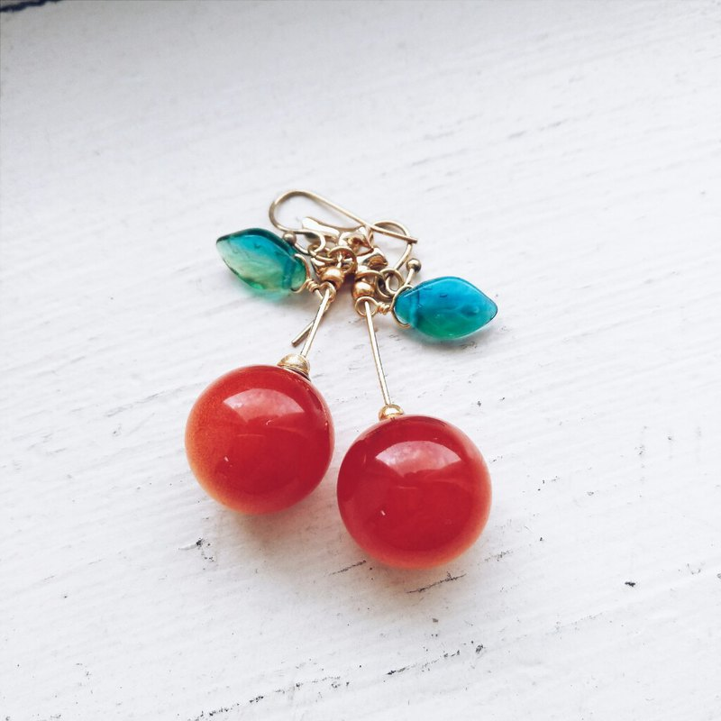 Momolico peach like cherry earrings red berries (small)