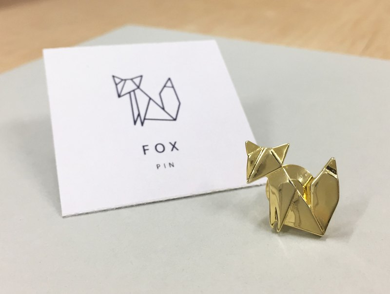 Geometry pin - fox