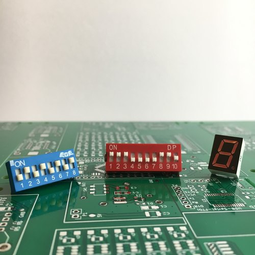【Electronic parts】Electronic parts brooch set