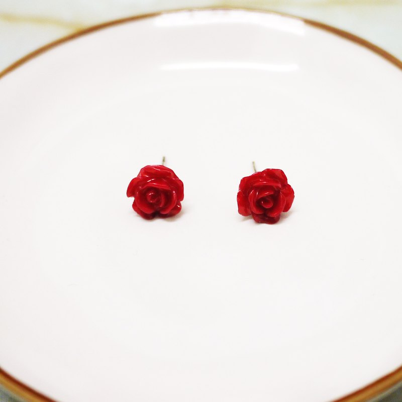 Classic red rose elegant earrings
