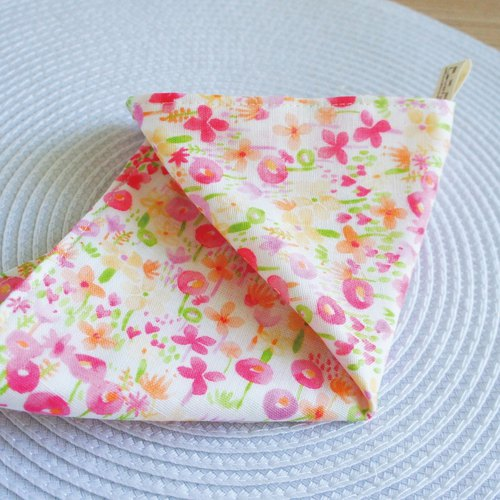 Lovely [Japan double yarn] pink orange flower handkerchief, hand towel, saliva towel [motto]