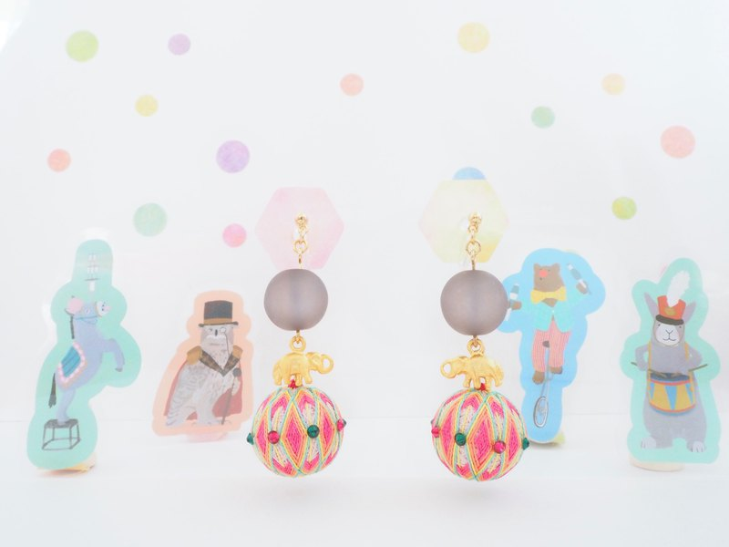 Circus tachibanaya circus group Elephants who ride on a ball JapaneseTEMARI earrings Pink Japanese traditional craftsmanship handballs ball acupuncture ear rings