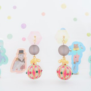Circus tachibanaya circus group earrings elephant doing a riding Japanese TEMARI Pink