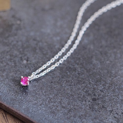 Tiny Ruby necklace silver925
