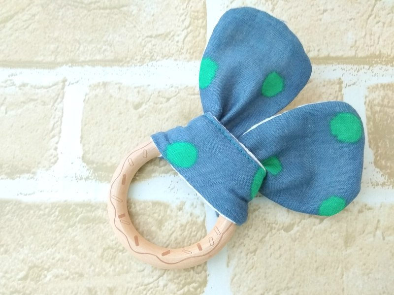 Wooden Teething Ring, Engraving Cookie, Japanese Double Gauze, Green Polka Dots