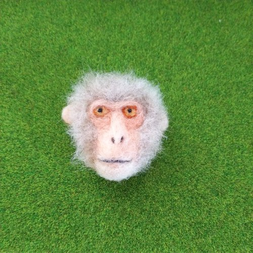Japanese monkey brooch
