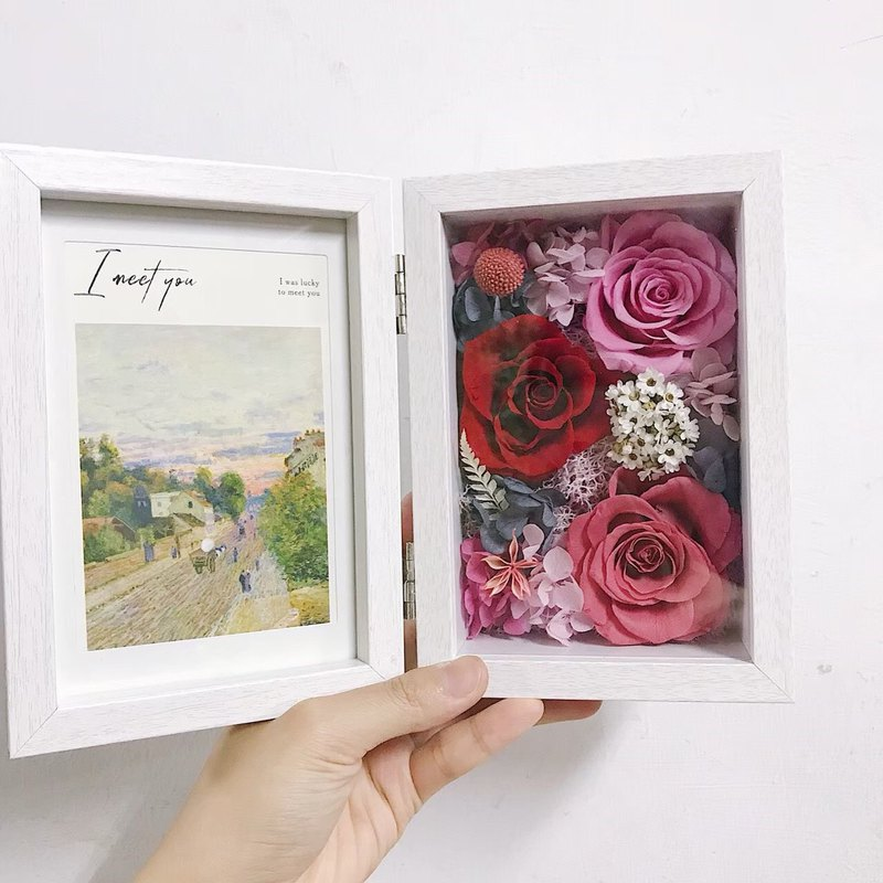 [Meet long-lasting] Eternal flower photo frame / can put six photos / record your good memories