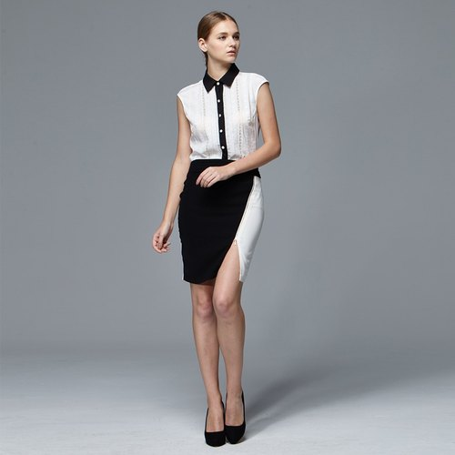 Color contrasted split slim-fitting skirt