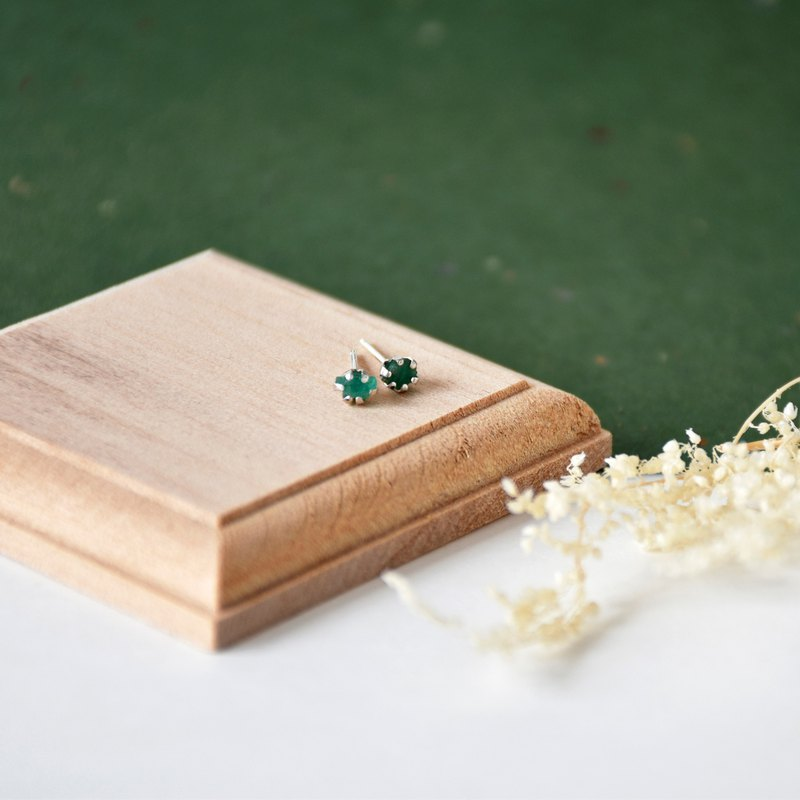 Handmade Raw Green Emerald with sterling silver Stud Earring