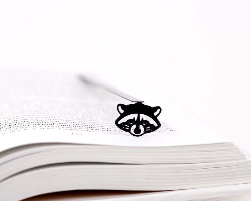 Metal Book Bookmark // Raccoon // Perfect gift for book lover // Free shipping//