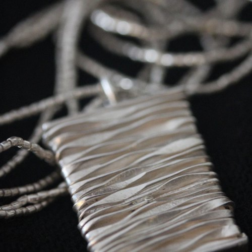Silver wire pendant on a silver beads necklace (N0028)
