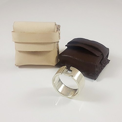 Ring handmade leather pouch (excluding ring)