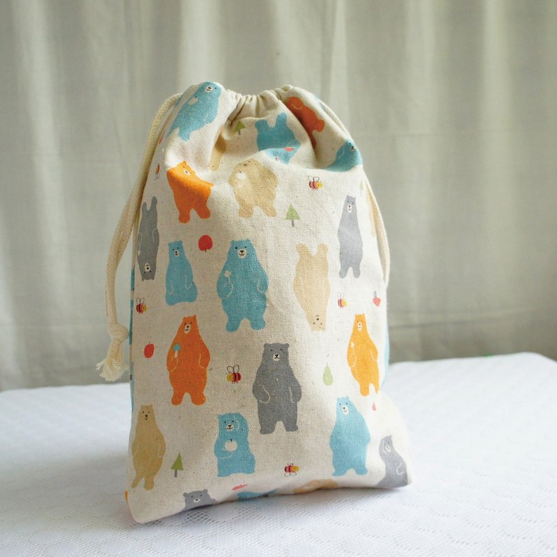 Lovely Japanese cotton and linen [apple bear TN notepad hand pocket bag] can be loaded with long clips with lining N
