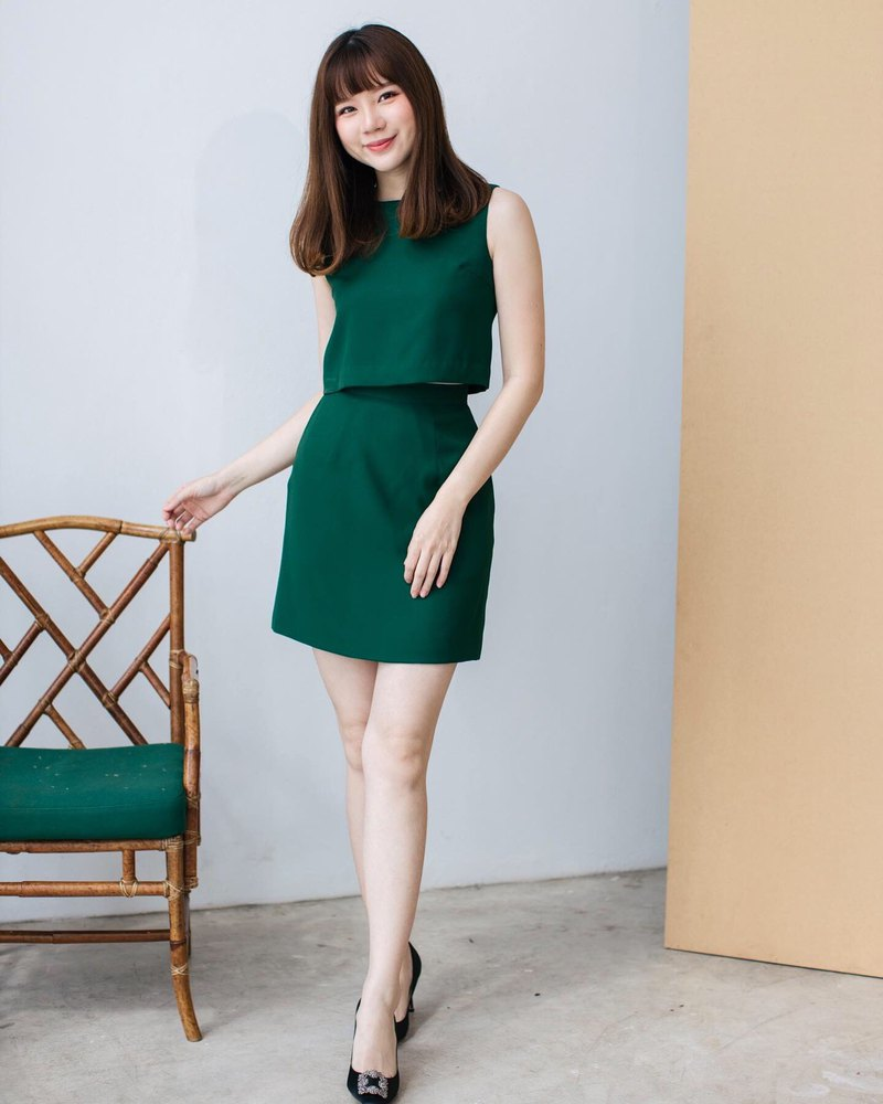 Green Top and Skirt Set Green Blouse Sleeveless Crop Top With A line Skirt