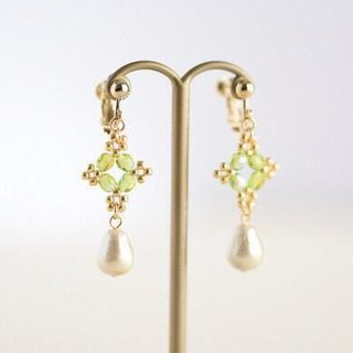 Beads lace and cotton pearl drops clip earrings olive