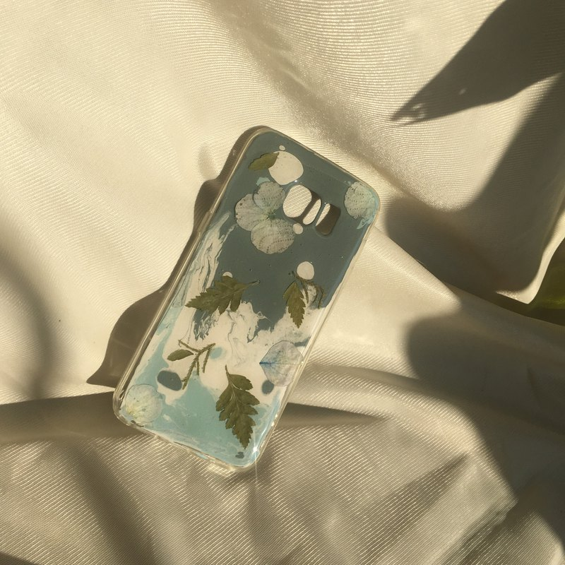 winter handmade phone case