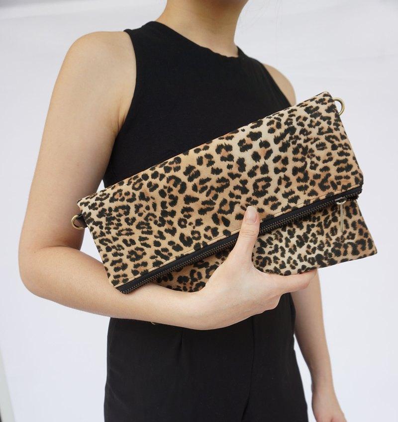 622d4165f7 Leopard leather clutch bag, Personalize Clutch, Leather leopard Clutch, leopard  clutch, Suede clutch, leopard wristlet, gift for her - Designer  janicedesign ...