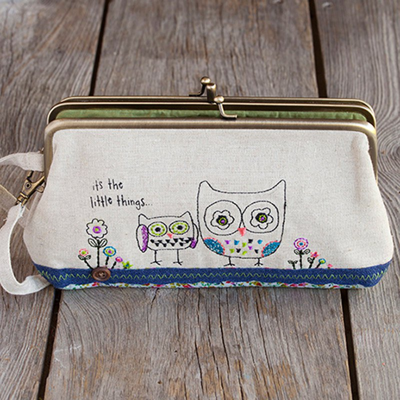 Embroidered three-layer gold pouch - Owl WLT073