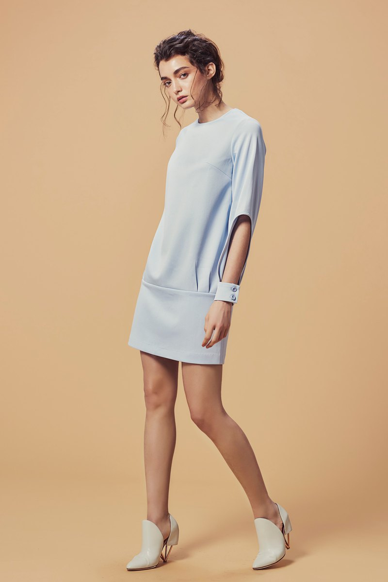 Cuff hole blue short dress
