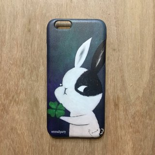 emmaAparty illustrator phone case: lucky rabbit (pinkoi limited)