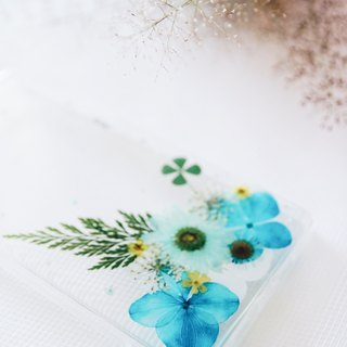 青出于蓝 • Handpressed Flower Phone Case