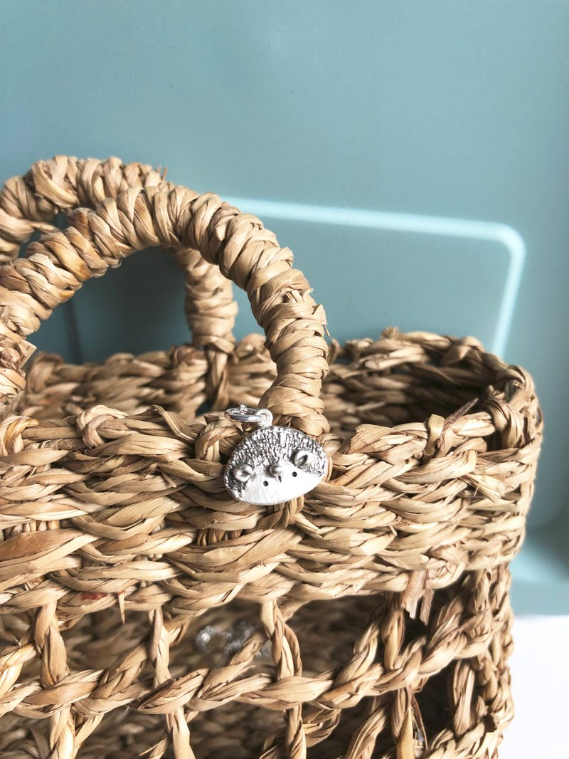 "**~ Picture Series = Little Hedgehog <Silver Silver> + 16"" Sterling Silver Necklace ~** Sheep + Pure Handmade"
