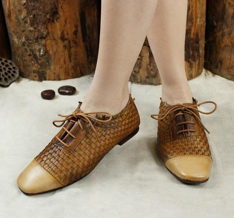 Lace-up brogue women's shoes retro leather woven personality low-heeled shoes