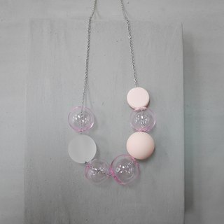 Marshmallow Glass Necklace - PING PONG 010
