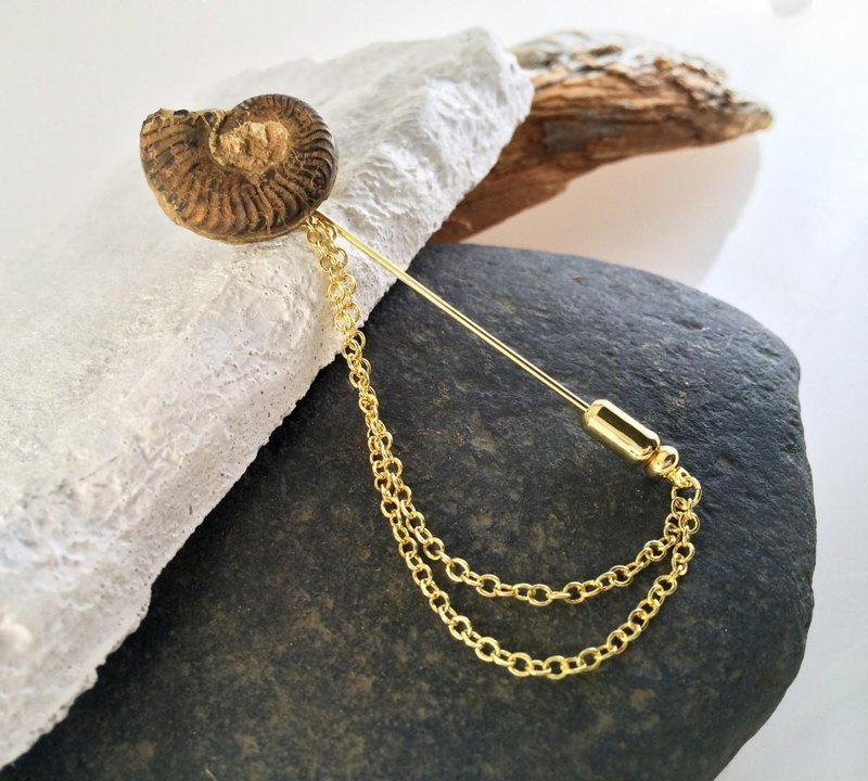 Ammonite fossil ◆ Hat pin