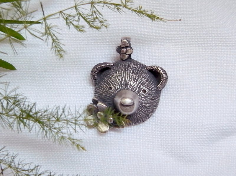 Tiny Flower &Teddy Bear--Sterling Silver----Pendant Necklace