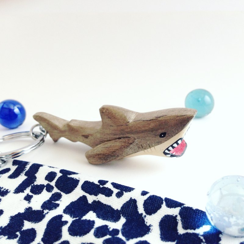[Ocean series x great white shark] handmade wooden key ring / charm