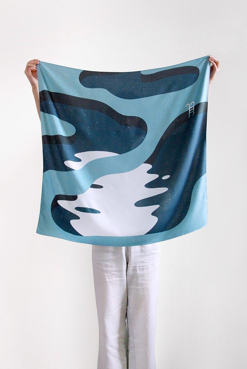NIGHT SWIM 圍巾人造絲藍