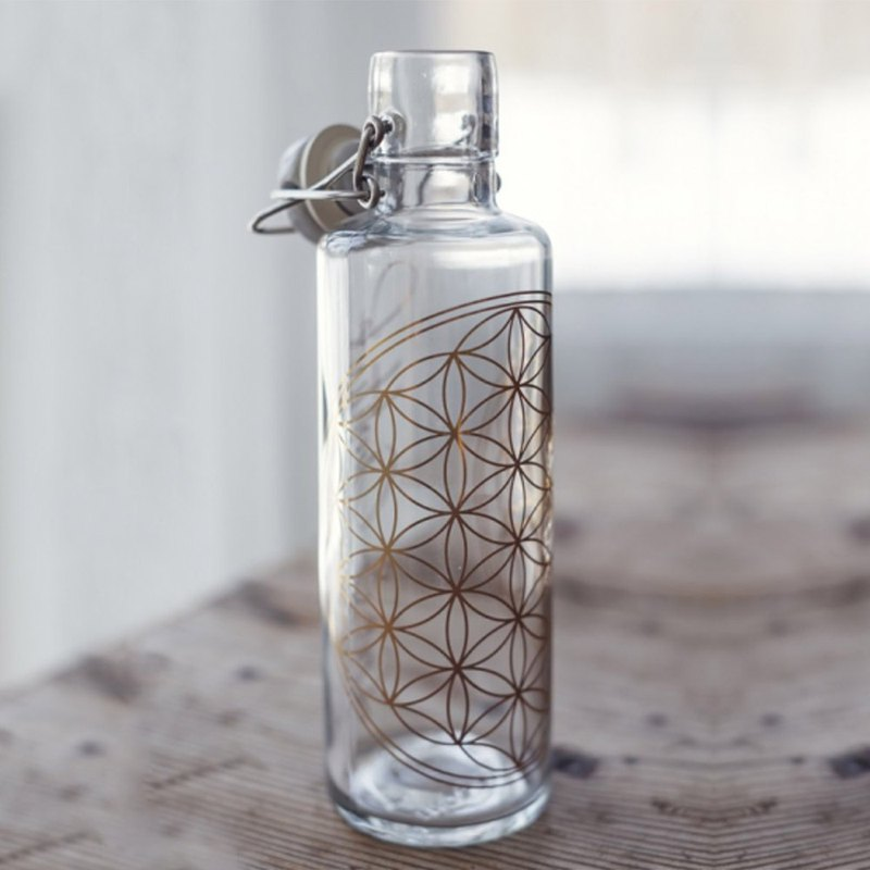 Soul glass water bottle 600ml / flower of life