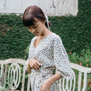 Mulmul dot v-neck dress