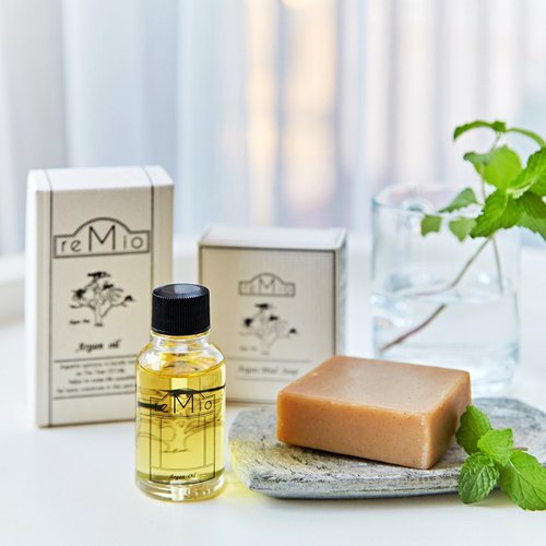 Basic maintenance word of mouth group - rock soap soap oil