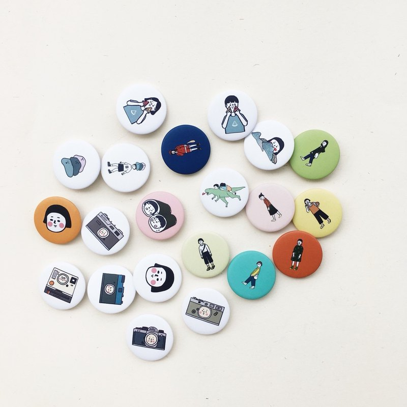 Buddy | 32mm small badges